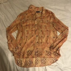 urban outfitters coral button up
